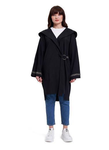 Mizalle Mızalle Kapüşonlu Süs Taşlı Tunik Boy Ceket  Siyah